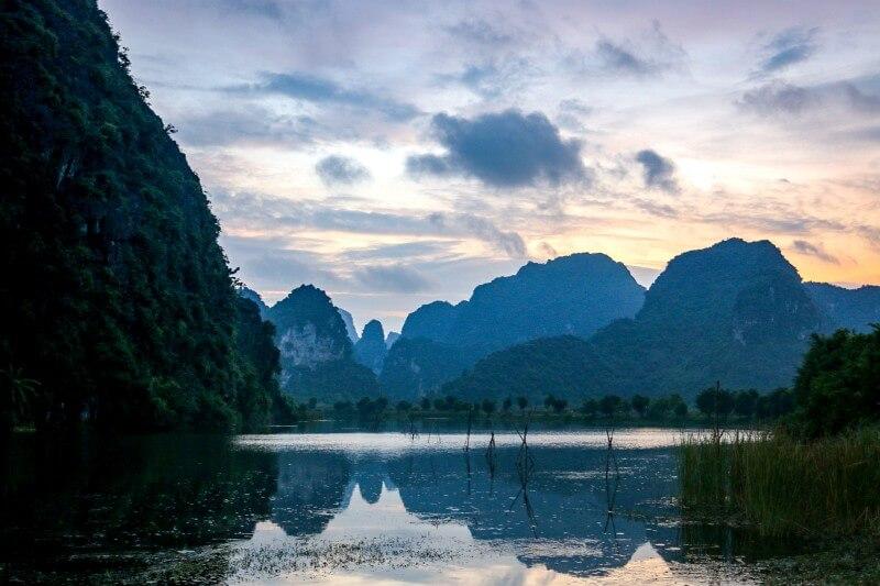 Sonnenuntergang in Ninh Binh